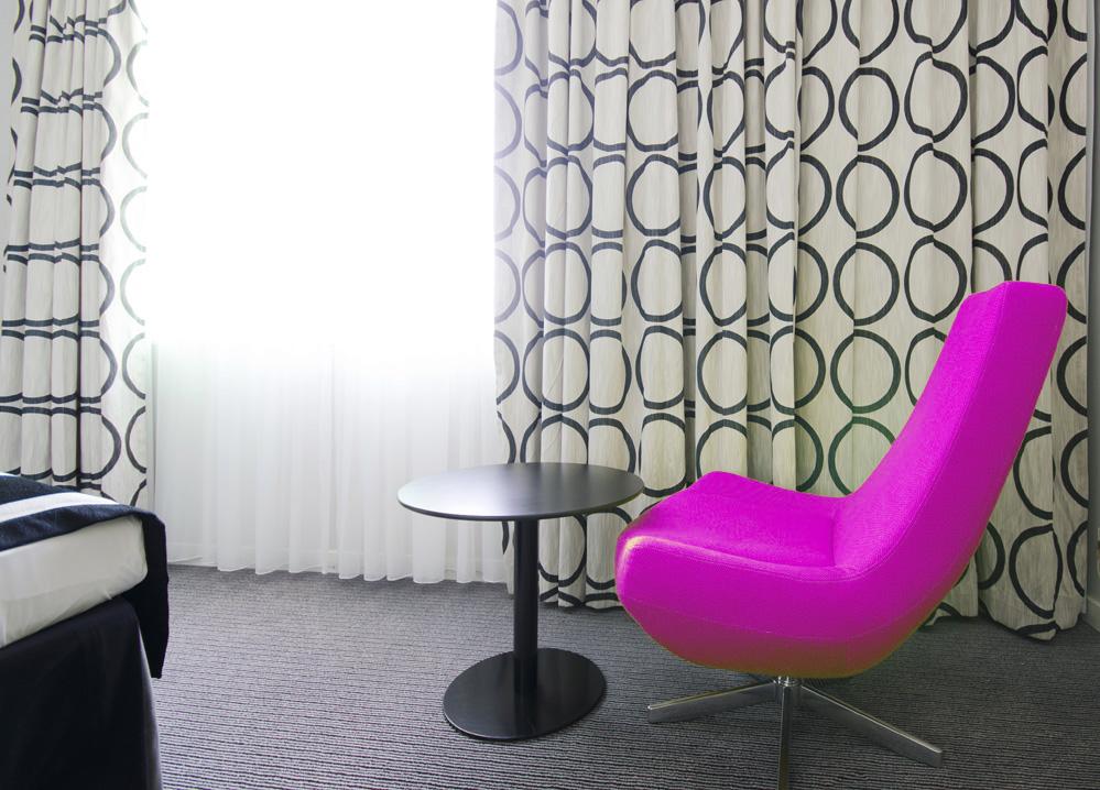 gardinen und vorh nge akademie raumausstatter. Black Bedroom Furniture Sets. Home Design Ideas