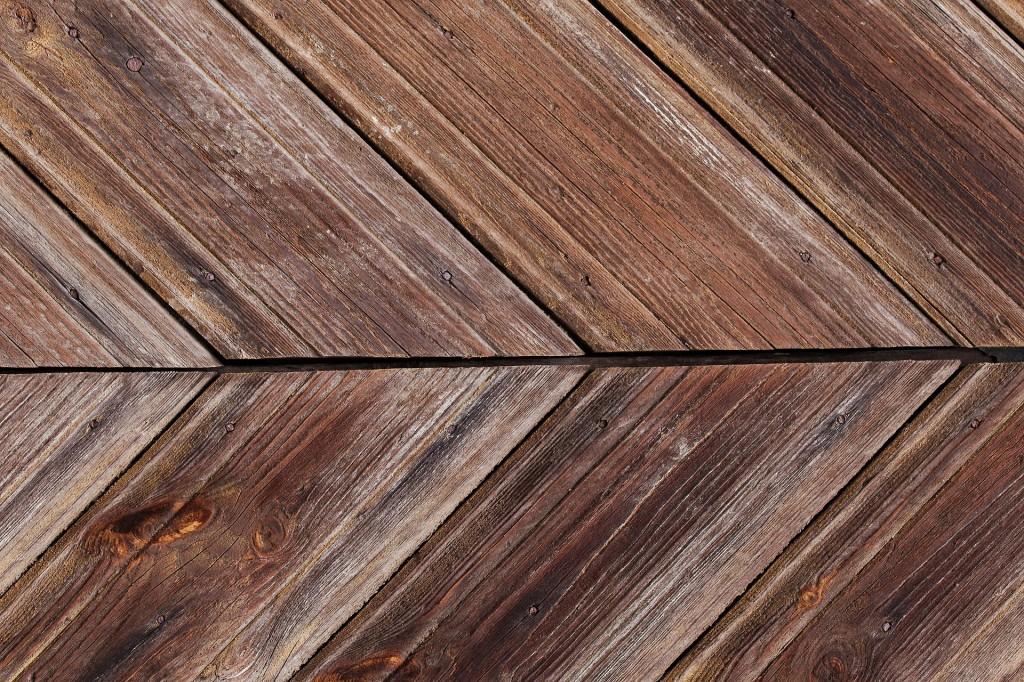 Holzfußboden - rohe Optik